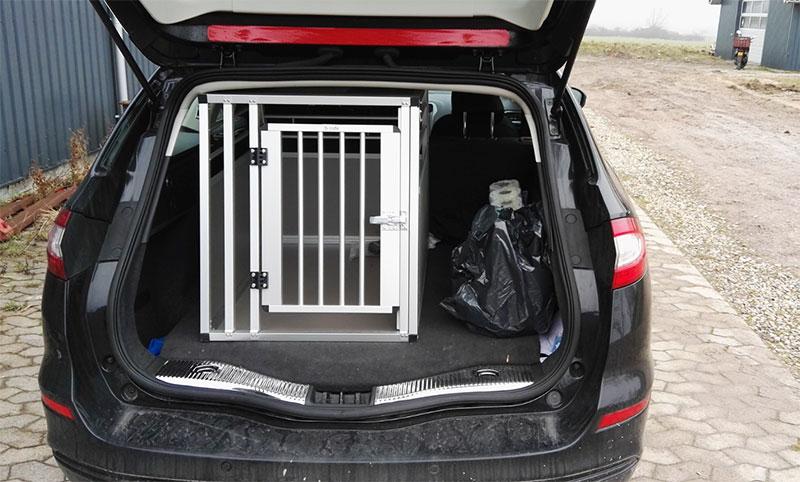 b-Safe Large i Ford Mondeo Stationcar 2015