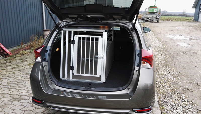 b-Safe Large i Toyota Auris 2016
